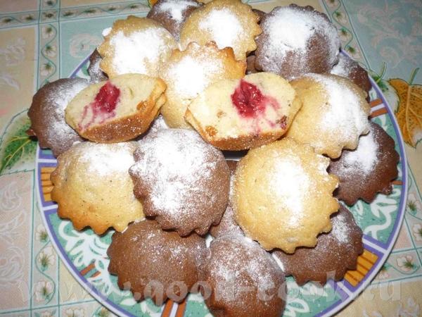 кефир-200мл яйцо-4шт сахар-1,5стакана маргарин-200гр сода-1 чайная ложка мука-2 стакана какао-1,5 с...