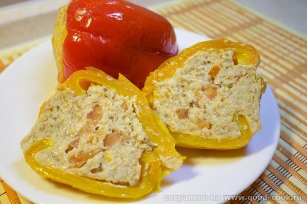 Рыбный перчик Нам нужно: несколько сортов рыбы, у меня сёмга, пангасиус, тилапия и эсколар Собственно перцы, помидоры - 2