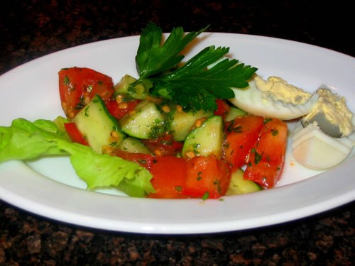"""интересненький салатик Салат """"Парадиз"""" отварная куриная грудка, маринованный огурчик, яйцо все реже... - 2"""