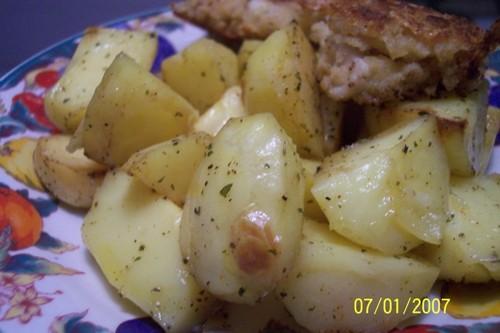 Картошка запечёная в духовке: картошка соль специи (кому какие нарвятся) сл