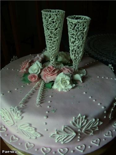 """Девочки, а это моё последнее """"творение"""" Ближе фотик не взял - тортик большой получился и высокий, т..."""