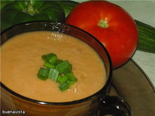 Очень летний освежающий суп из испанской кухни