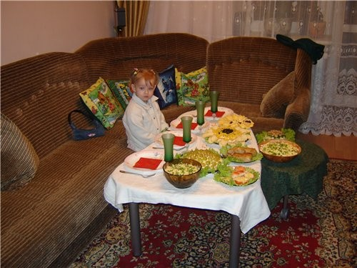 wa3333 столик класненкии и вкуснямка - 3