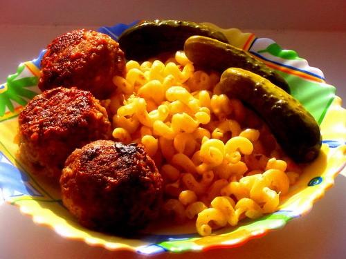 Девочки сегодня у нас опять скромный ужин: борщок вегетарианский с чесночком на второе на выбор: ма... - 3