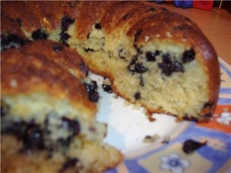 ,недавно делала кекс по мотиву маффины с белым шоколадом и ягодами Очень сочный и вкусный