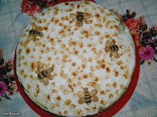 Здравствуй - пчёлка наша дорогая