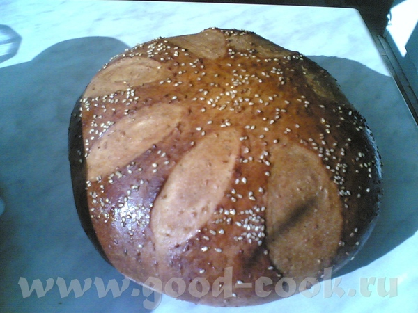 Йогуртово-молочный пшеничный хлеб с кунжутом и кардамоном на спелом тесте
