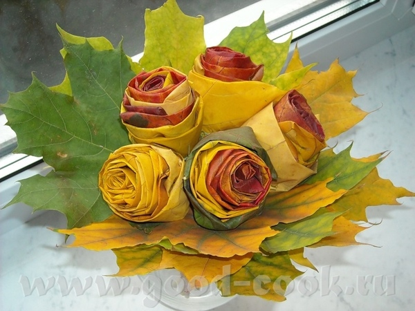 смотрите какая идея замечательная: розы из осенних листьев