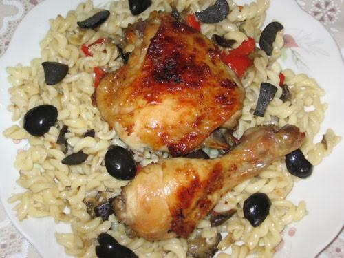 Ароматная курица с салатом из перцев И это наш пятничный ужин: Все рецепты ЗДЕСЬ - 2
