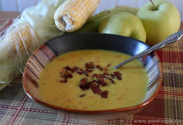 Кукурузно-яблочный крем-суп с беконом