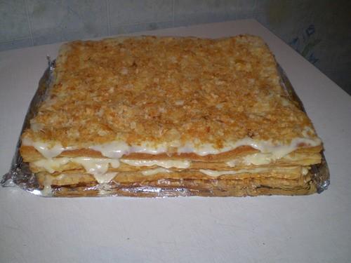 """Торт """"Наполеон"""" (с магазинного теста) 1 кг слоеного теста Разморозить и поделив на нужные Вам равны..."""