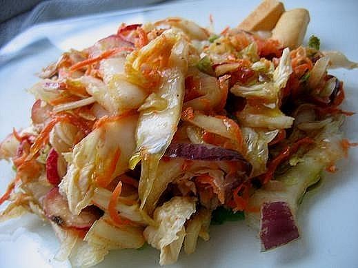 Я потихоньку осваиваюсь на новом месте вот несколько салатиков -баклажаны,помидоры,перцы,кинза сала... - 3