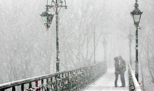 двое под снегом