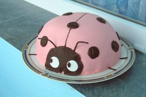Вот мой торт на ДР сына: Внутри (извиняюсь за качество, было поздно, пришлось фоткать со вспышкой):...