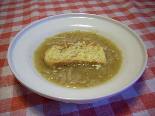 Паппа ал помодоро (томатый суп с хлебом) Запеченный луковый суп (Gratinee des halles) Суп-пюре из б... - 4