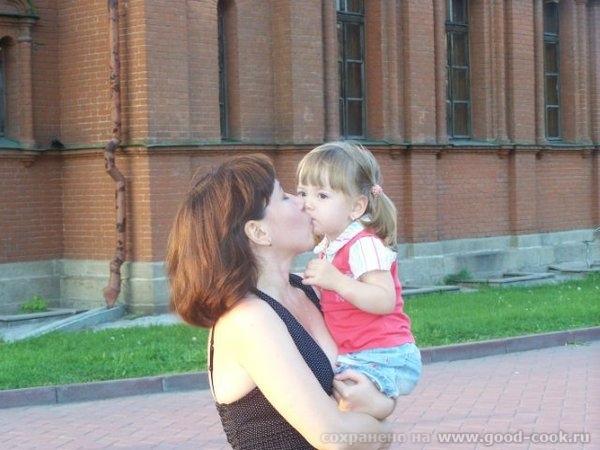 Это еще фото из Челябинска с фотоаппарата сестры, так что тут даже есть я) Дочка с двобродным братом Это снова ЦПКи... - 5