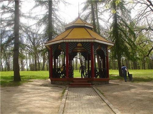 Грот Каллипсо Китайская альтанка Поляна возле альтанки - 3