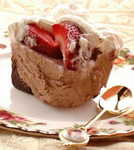 Шоколадная коробочка с кремом и ягодами 130 г шоколада 130 г сливочного сыра 1 1/2 чашки сахарной п... - 2