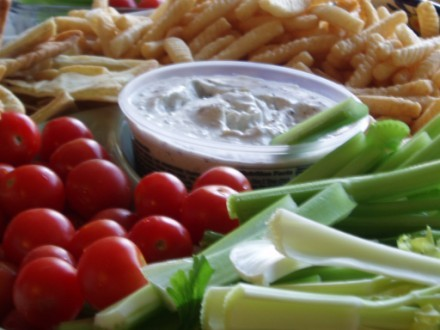 Просто крекерсы с копченой куринной грудкой Салат,овощной (помидор,огурец,кукуруза,кинза,горох нут,... - 3