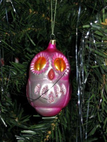 А вот такой Санта у нас под елкой А это одна из игрушек, я привезла из России - 2