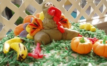 Лаура попросила рассказать как я украшала тортик