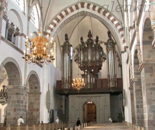 Внутри собора - 3