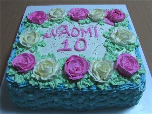 Мой сегодняшний тортик,мои первые розочки