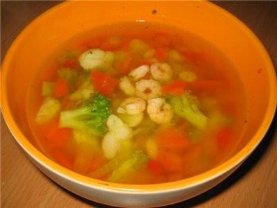 а у нас сегодня на ужин был суп4ик с овощами и креветками