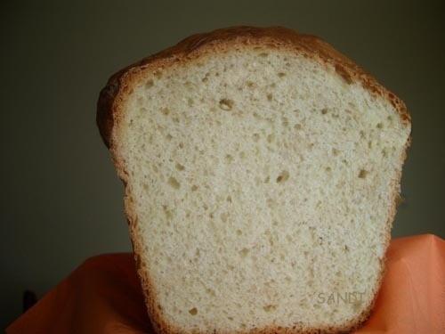 БЫСТРЫЙ ХЛЕБ Этот хлеб готовится быстро, потому что процесс расстойки теста ускоряется за счет испо...