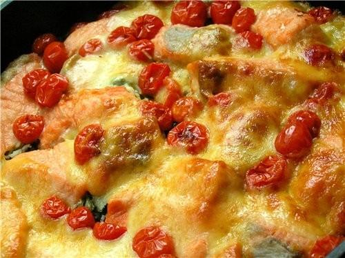 Дорадо, запеченная с овощами и имбирем Форель на подушке из риса и шпината - 2