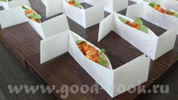 Следующая закуска – на тему Чорицо – испанской сыровяленой колбасы из свинины и копченой паприки, п... - 3