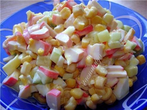 Делала Юличкин любимый салатик ,, крабовый,, Я его тоже очень люблю САЛАТИК ,, КРАБОВЫЙ ,, 300 гр к...