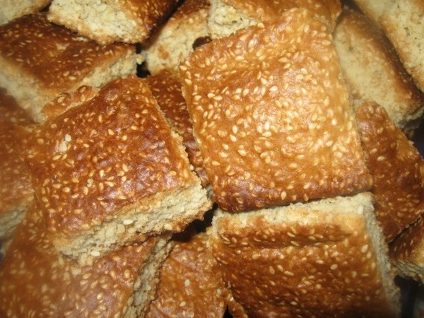 """В дополнение в рецепту """"Сладкое кунжуное печенье"""" - приготовление его одним пластом на противне - 4"""