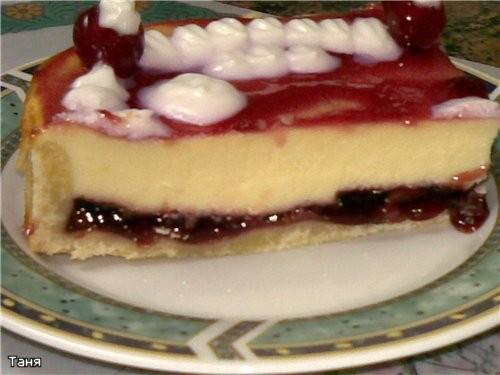 Творожно-вишневый торт-пай Пирог с творогом и ежевикой Творожный пирог с яблоками и сливами из варе...