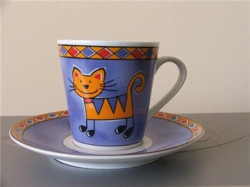 Начнем с кухонной тематики: сервиз чашка и ещё одна солонки-перечницы продолжение следует