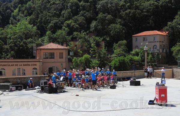 Частенько там устраивают различные музыкальные фестивали, и приглашают музыкальные коллективы