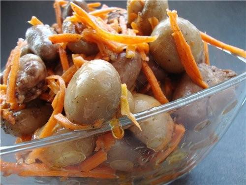 Салат с куриными сердечками 500 грамм куриных сердечек банка (400грамм) консервированых шампиньонов...