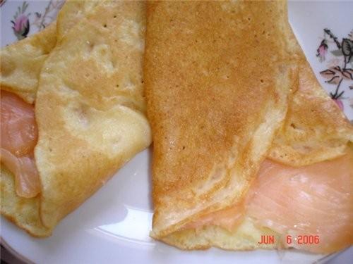 Мой сегодняшний завтрак - Блинчики с рыбкой лосось