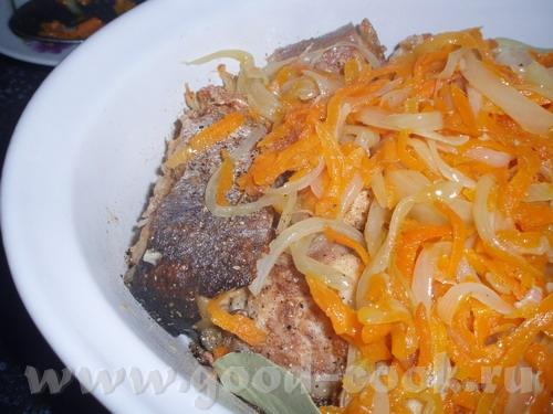 РЫБКА ЛЮБИМАЯ На 1 кг рыбы (любой, но лучше не жирной и без костей) 0,5 кг моркови, 0,5 кг лука сол...