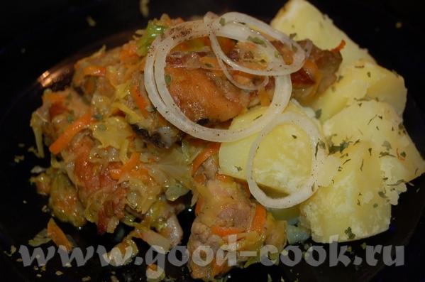 Свиные рёбрышки тушенные с луком , морковью и капусткой - 2
