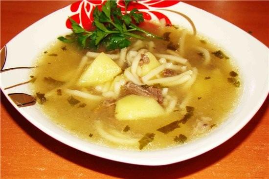 ГУСИНЫЙ БУЛЬОН ( замечательный супчик для холодной зимы) Приготовление: Гусиное мясо поместить в ка...