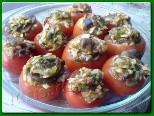 ЗАКУСОЧНЫЕ ПОМИДОРКИ с грибами, курицей и сыром 12 небольших помидорчиков (не больше 5 см в диаметр... - 2