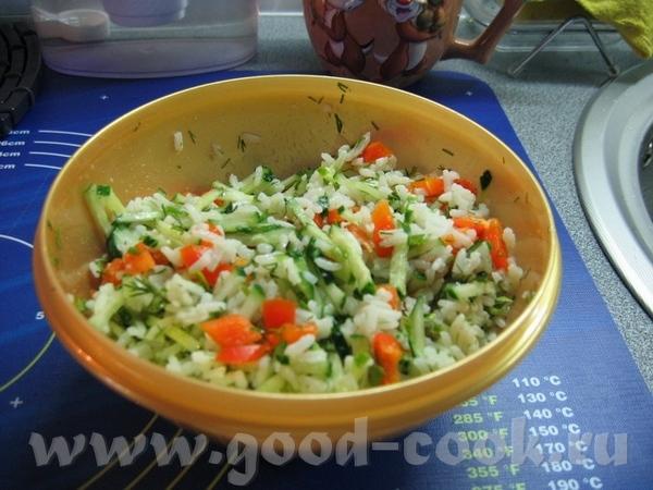 """и ещё один салатик из списка - салат """"Незатейливый"""" - рис + свежий огурец + болг - 2"""