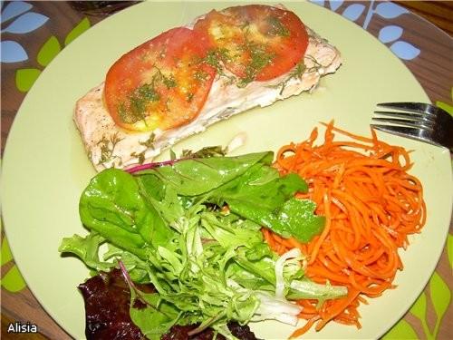 Целую конечно , смотри ниже Лосось с овощами и укропом, запеченный в конвертике - 3