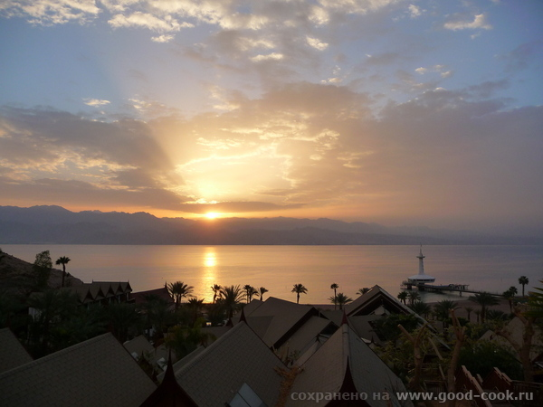 Эльмира, я тоже в этом году была в Эйлате в отеле Орхид (в виде тайской деревушки) - здорово