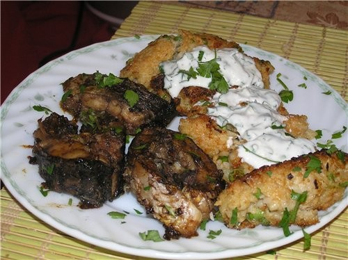 Хрустящие рисовые крокеты с пармезаном и зеленым горошком с йогуртовым соусом 200 г круглого риса,...