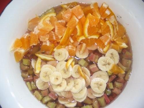 Варенье из ревеня Оригинальный рецепт такой 1 кг ревеня, 3 апельсина, 600 г сахара