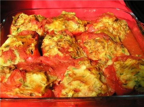 Сладкий перец, фаршированный мясом и картофельным пюре