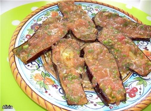Запеченные Баклажаны в чесночно томатном соусе