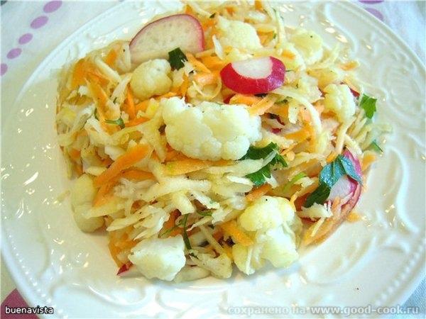 Салат из цветной капусты с сельдереем,редисом и морковью 1/2 кочана цветной капусты , 1 корень сельдерея, 3 штуки морк...